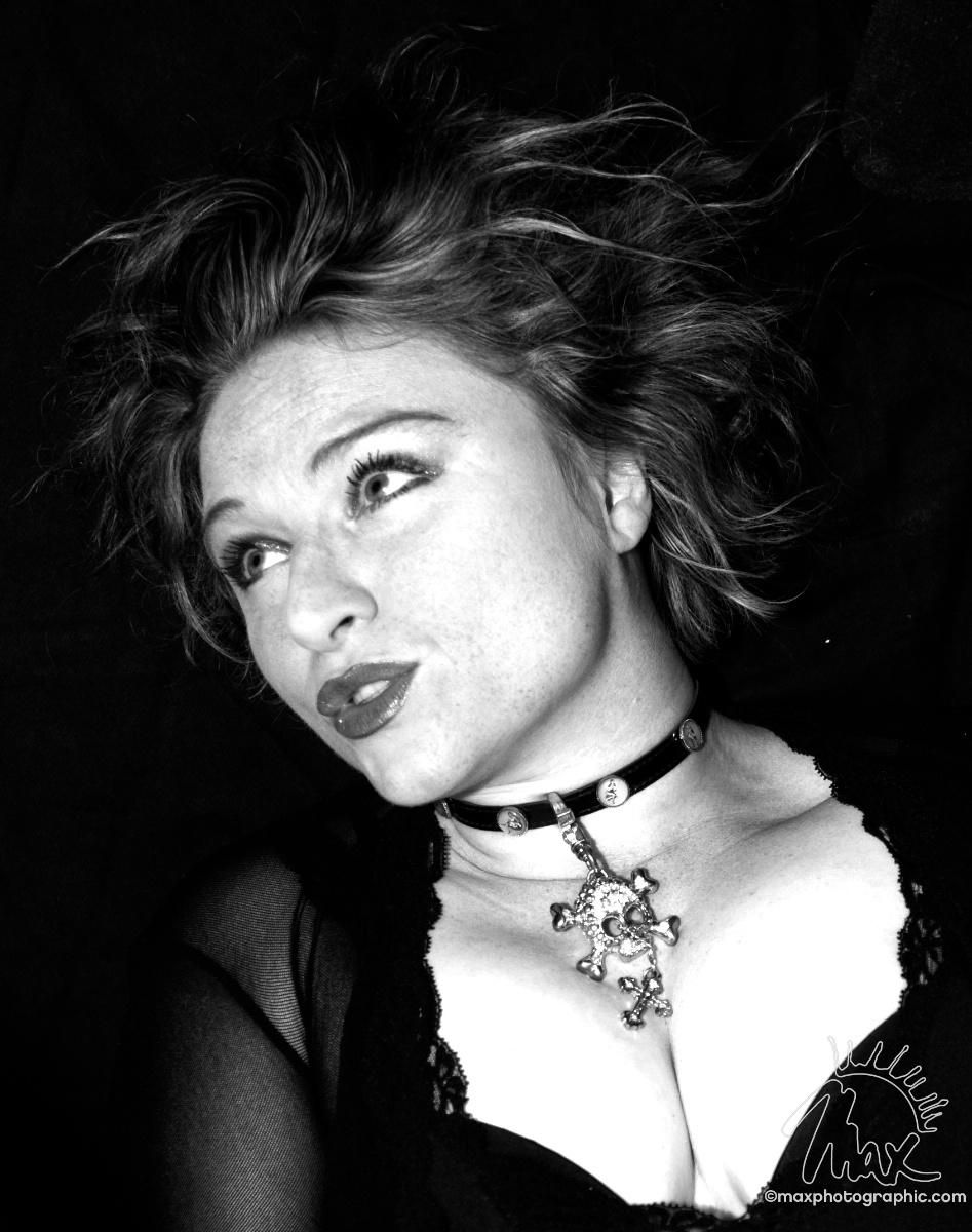Katherine Ellis Nude Photos 37
